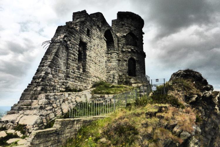 Romantic Guide Cheshire Mow Cop Castle