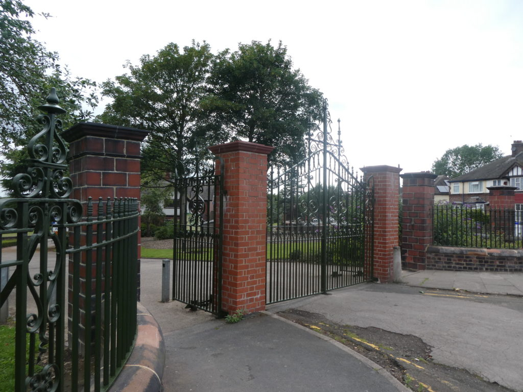 Hanley Park Main Gates
