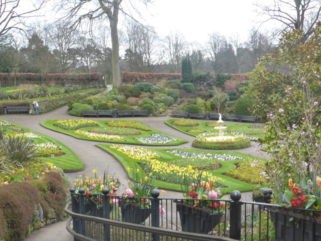 Perfect Park Date Idea Admire Gardens