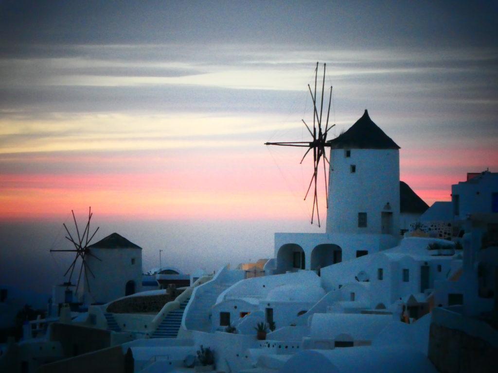 16 Tips for Hiking between Fira and Oia, Santorini, Greece, sunset