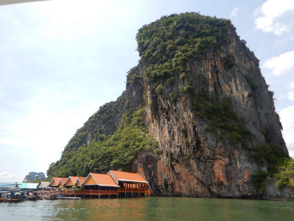The Romantic Couples Travel Guide to Phuket, Ko Panyi, Thailand